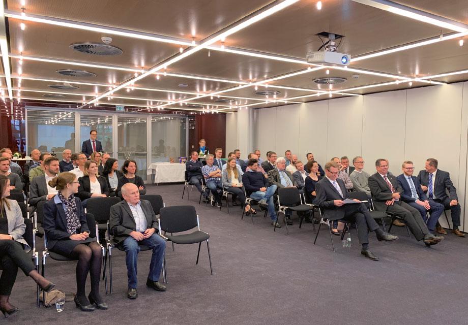 Ein gefüllter Vortragssaal